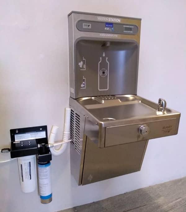 Purificadores y bebederos de Agua para la Industria